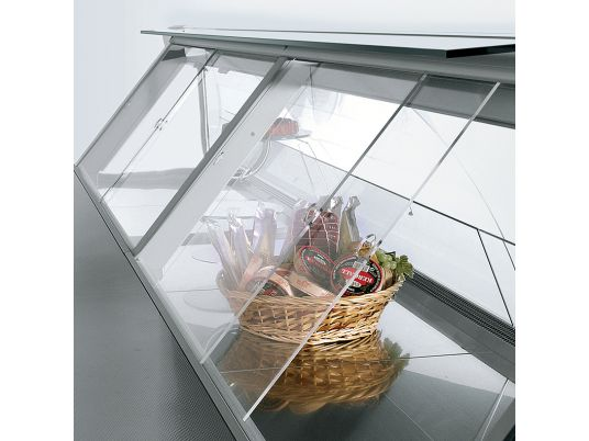 Шторки из оргстекла для холодильных торговых витрин